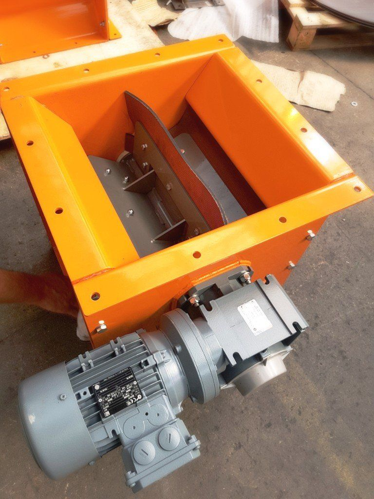 <h2>Rotary Valve </h2><p>This Rotary Valve is a type of valve in which the rotation of a passage/passages regulates the flow of liquid or gas. (See a test run on our YouTube channel)</p>